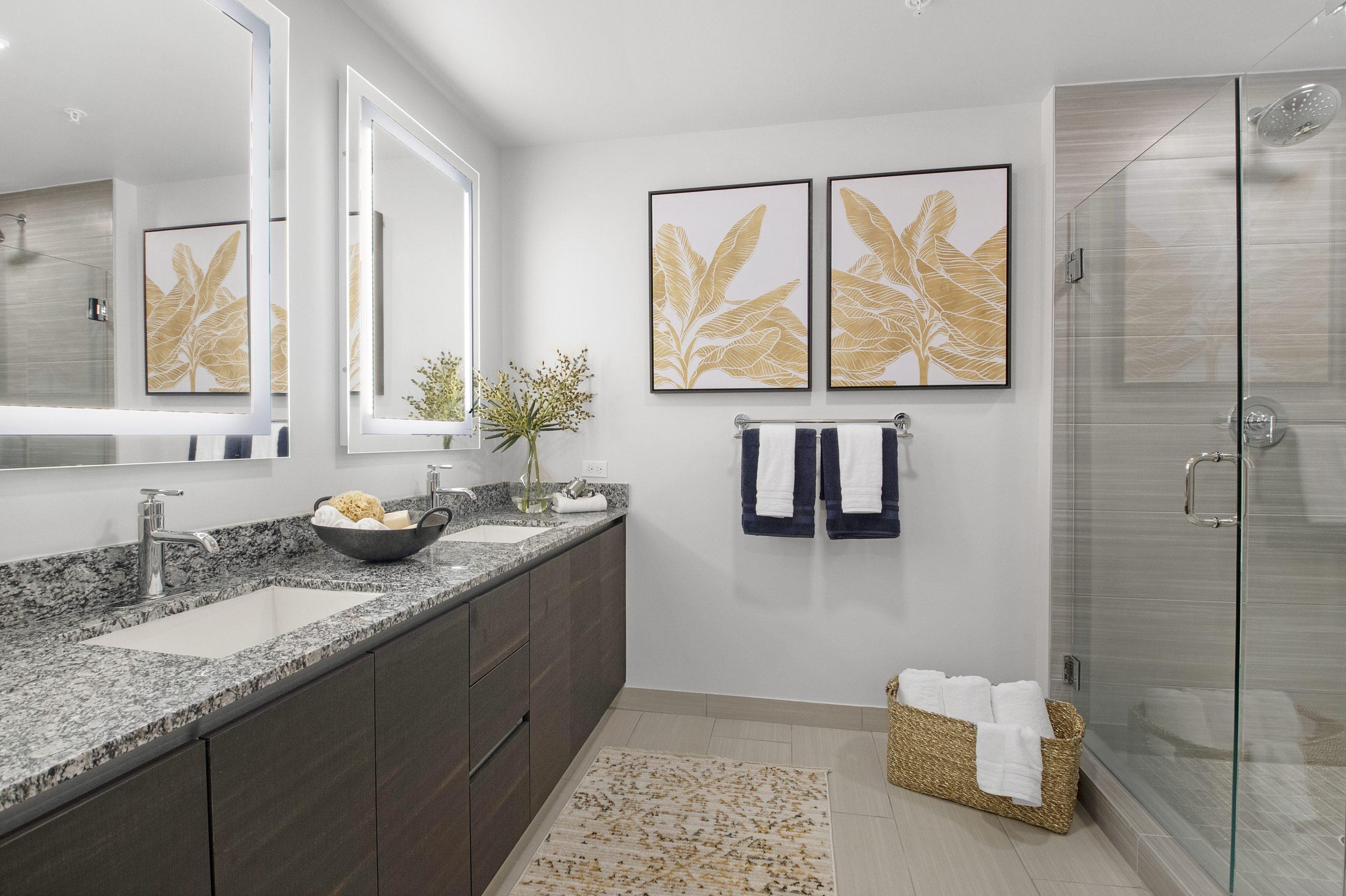 Aura Boca Bathroom