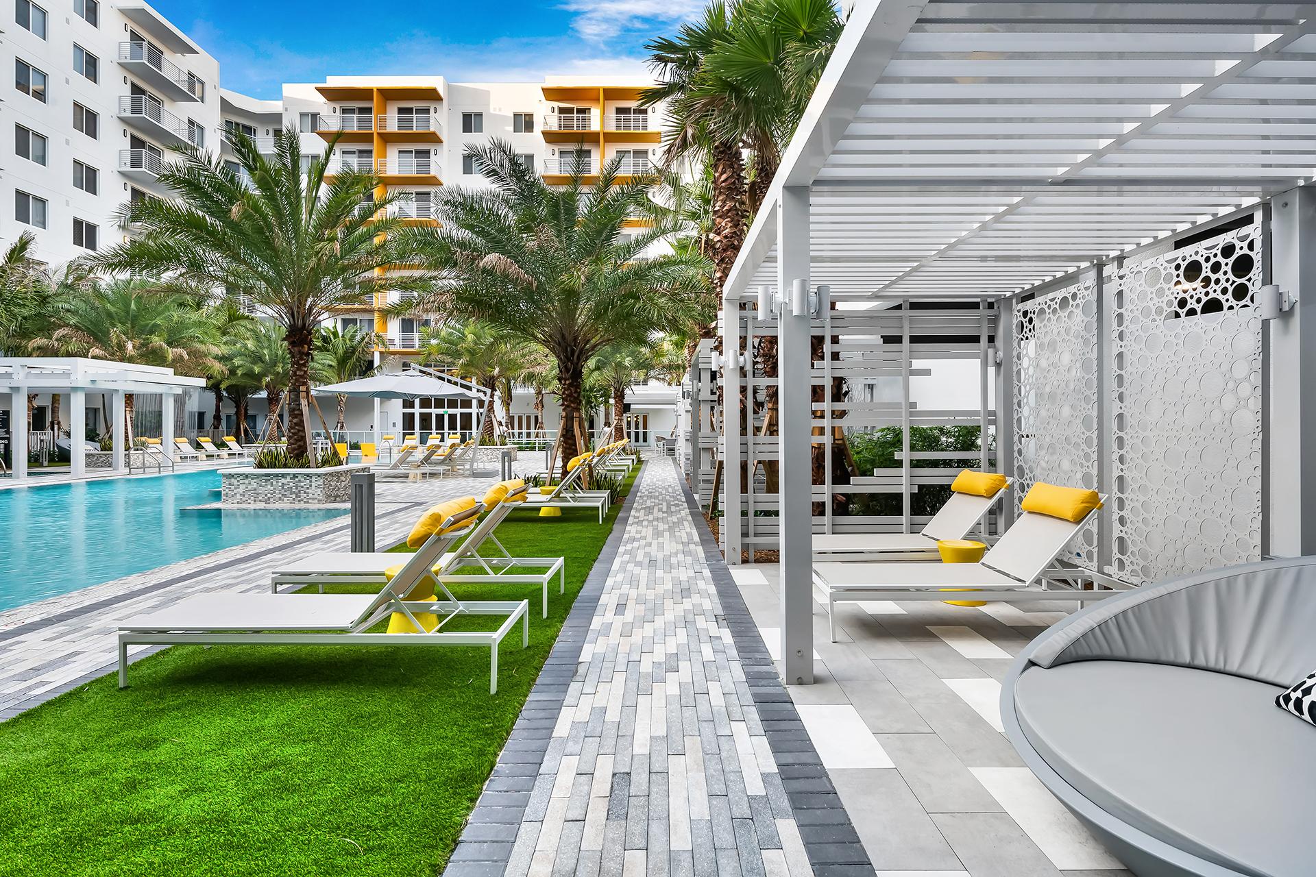 Aura Boca Raton pool